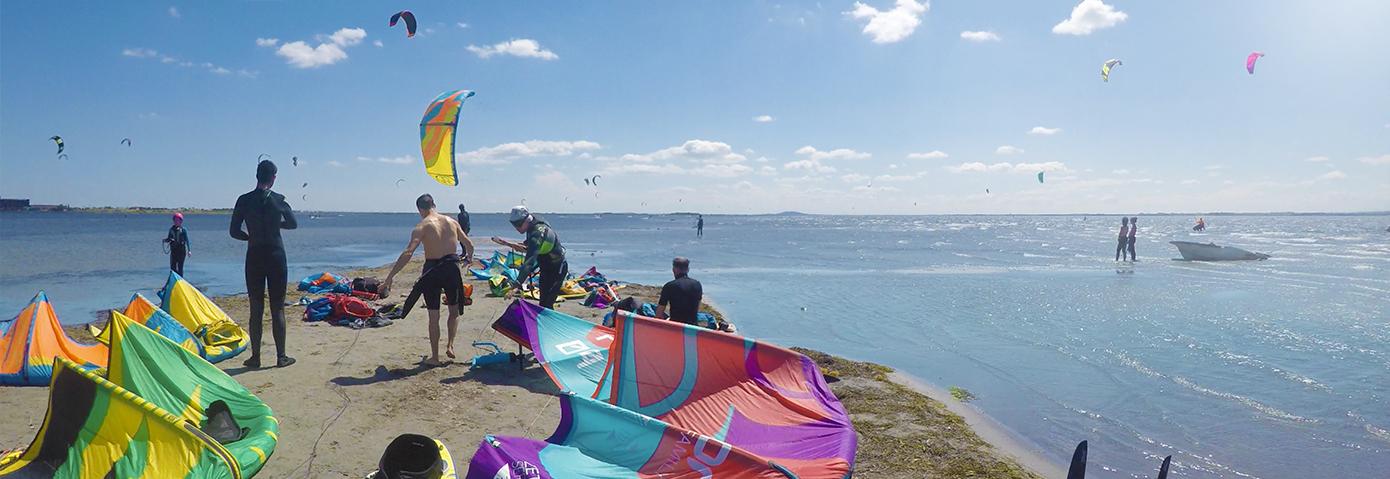 Meilleur spot de kitesurf pour débuter étang de thau, spot de kitesurf le pont levis.