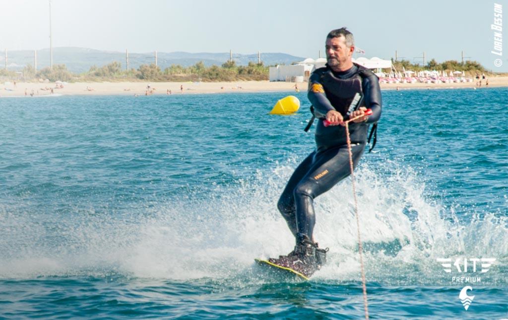 apprendre à glisser faire du wakeboard et du kitesurf proche de Montpellier à Sète